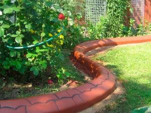 садовый-бордюр,-гибкий-бордюр,-монолитный-бордюр,-мастербордюр-купить