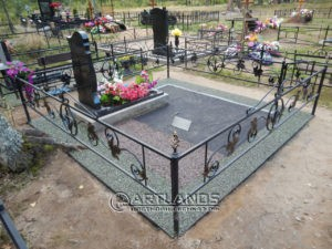 как лучше благоустроить могилу, благоустройство захоронений, цветной декоративный щебень, гравийное покрытие ArtGravel, Art Lands ФИ20