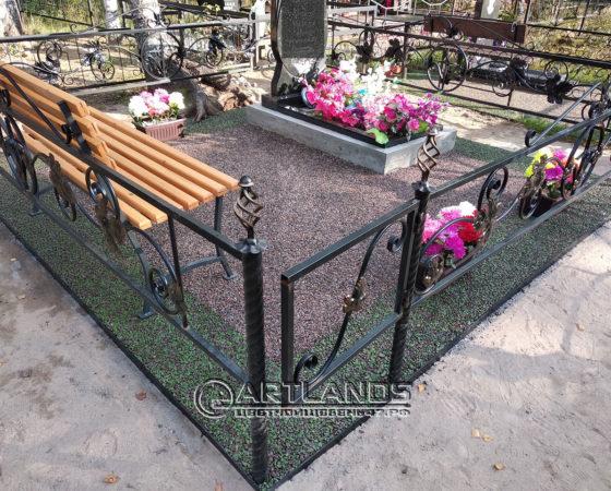 как лучше благоустроить могилу, благоустройство захоронений, цветной декоративный щебень, гравийное покрытие ArtGravel, Art Lands ФИ64