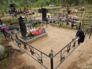 как лучше благоустроить могилу, благоустройство захоронений, цветной декоративный щебень, гравийное покрытие ArtGravel, Art Lands ФИ8