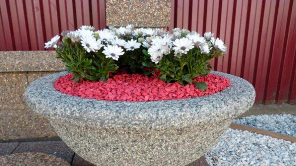 цветной декоративный щебень купить в спб, как украсить клумбу, идеи для сада и огорода своими руками фото, декоративная крошка, в 230