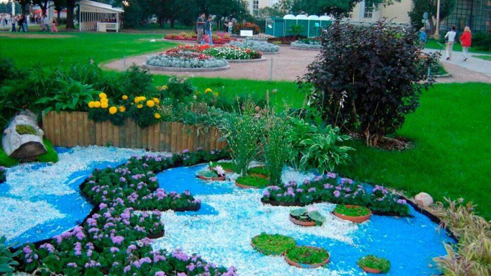городские клумбы фото, городские цветники, цветной декоративный щебень купить в спб, как украсить клумбу, идеи для сада и огорода своими руками фото, мун, в 361