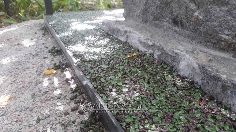цветной щебень на могилы, как лучше благоустроить могилу, мраморная крошка для могилы, пластиковый бордюр для могилы, artgravel 155