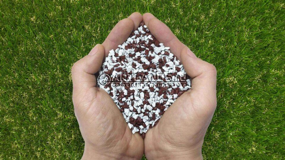 Бело-коричневый декоративный цветной щебень фракции 1-4мм для ландшафтного дизайна купить
