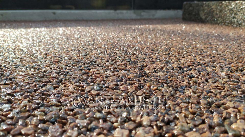 каменный ковёр из красной гранитной крошки 5