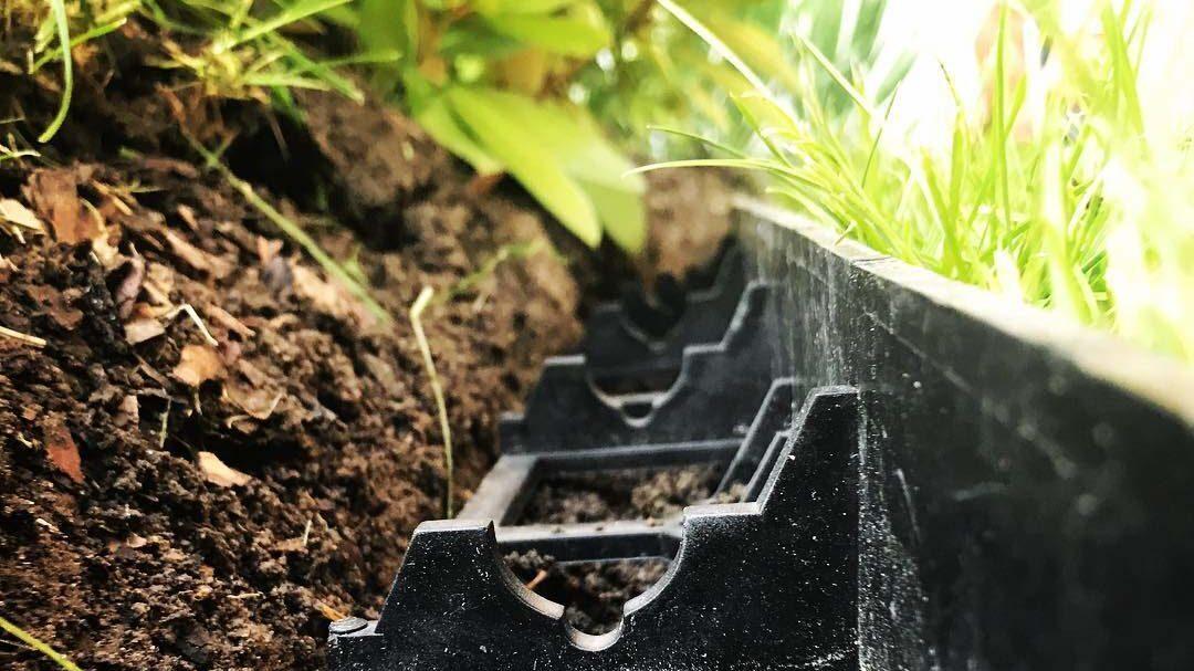Садовый пластиковый бордюр Геоборд для клумб и садовых дорожек купить 7