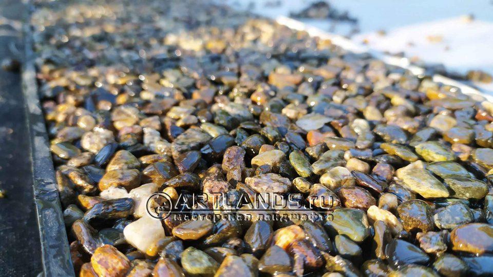 каменный ковёр своими руками из серой кавказской гальки 1