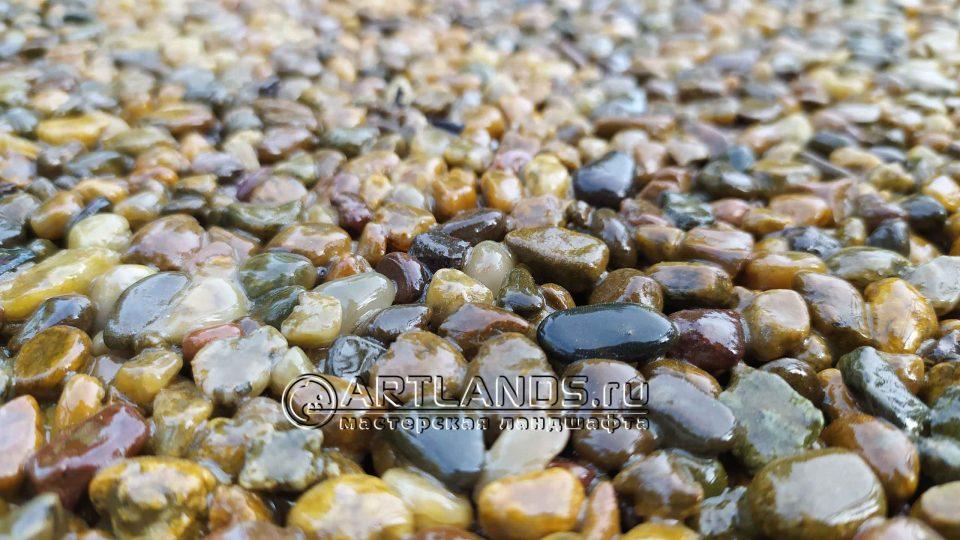 каменный ковёр своими руками из жёлтой кавказской гальки 3