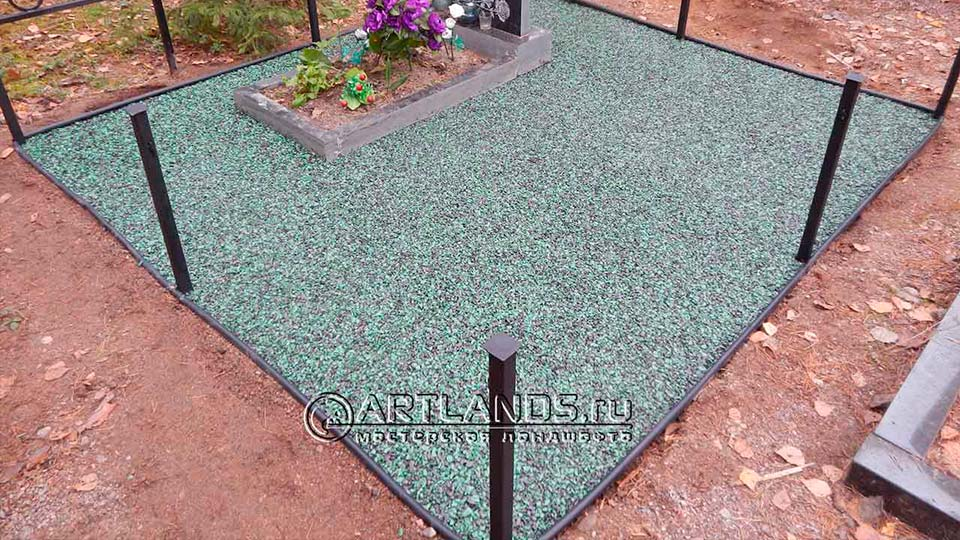 Обустройство захоронений своими руками покрытием каменный ковёр Art Gravel 11